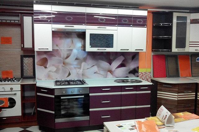 Кухня с фартуком SP-006