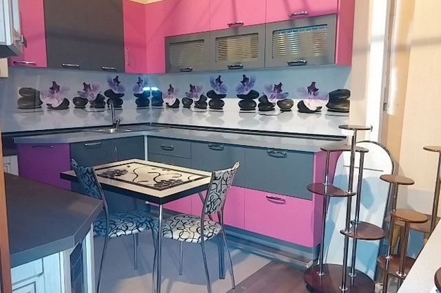 Кухня с фартуком SP-035