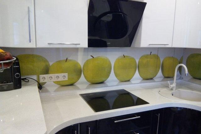 Кухня с фартуком SP-026
